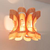 JAKOBSSON LAMP �饤�ƥ��ե����ȥ�ξ����������������ʥ���ƥꥢ���������䤷�Ƥ����������Ź�Ǥ��������ξ����������Τ��Ƥ��ޤ�