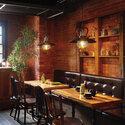 アンティークレトロな喫茶店やカフェの演出照明