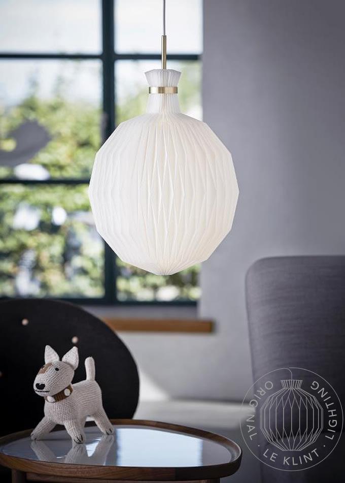 カフェやダイニングにモダンな佇まい、レクリントの照明 (店舗照明)