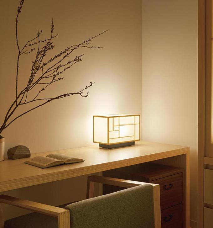 寝室や和室のカウンタースペースの灯りに (寝室)