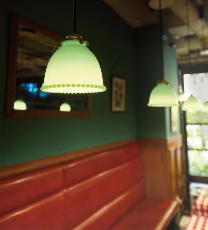 ファイヤーキングのような、ミルクガラスのペンダント全2色 (店舗照明)