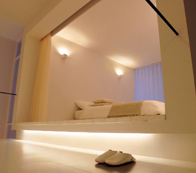 Panasonic ホームアーキの間接照明 (寝室)