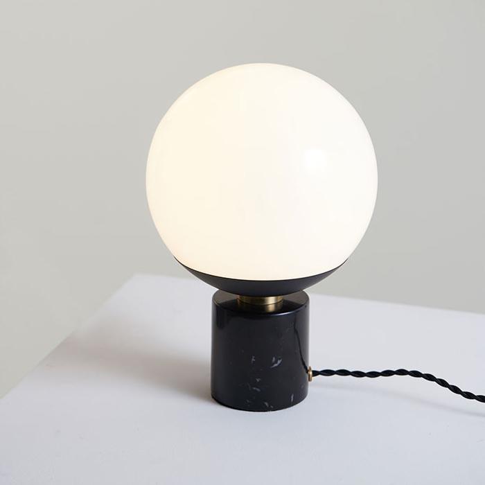 art stand lamp 全2色