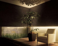 床から天井面を照らす照明 フロアライト・フロアスタンド